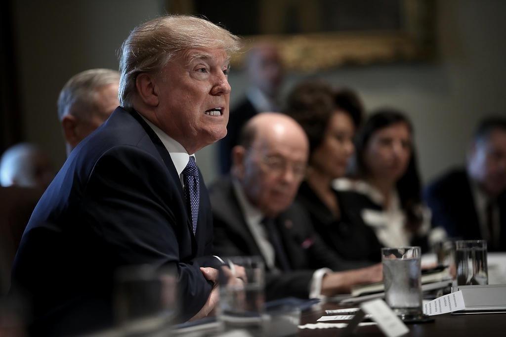 Governador de Nova York critica Trump por