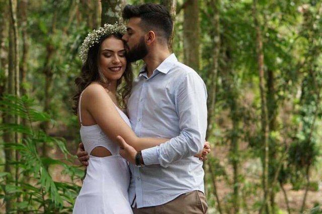 Os noivos Isabela Cunha e Lucas Bittencourt, que casaram na sexta-feira. Felicidades ao casal.