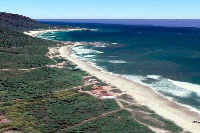 Vista da praia Mole  antes da ressaca que atingiu algumas praias da ilha.