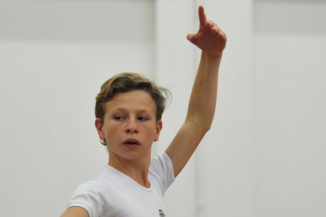 JOINVILLE,SC,BRASIL,08-11-2017.Bailarinos no Bolshoi.Elizandro Breschoviski, 15 anos.(Foto:Salmo Duarte/A Notícia)