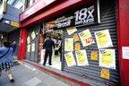 Segundo o Procon, é preciso guardar todos os comprovantes da compra (Agência RBS/Ronaldo Bernardi)