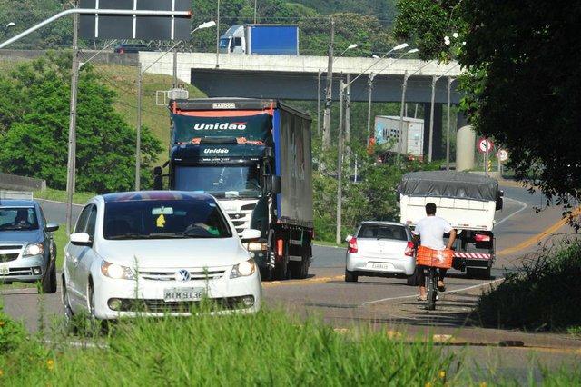 JOINVILLE,SC,BRASIL,24-11-2017.Obras que ficam para 2018,duplicação do eixo industrial.(Foto:Salmo Duarte/A Notícia)