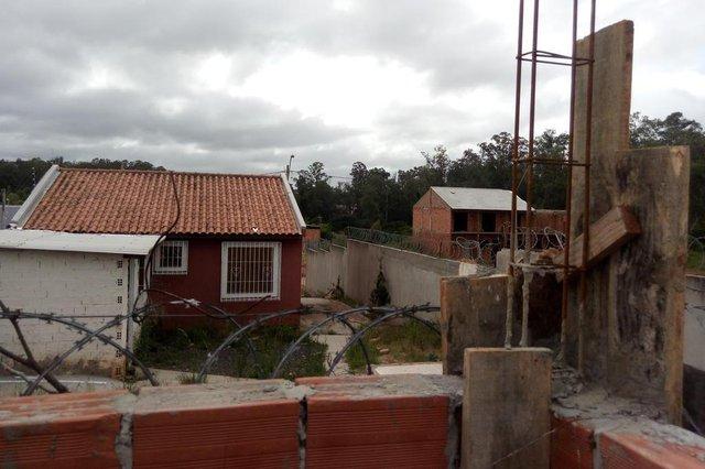 Lucas Lacerda Correia, 36 anos, guincheiro que tem materiais de construção furtados do terreno em que quer construir uma casa.