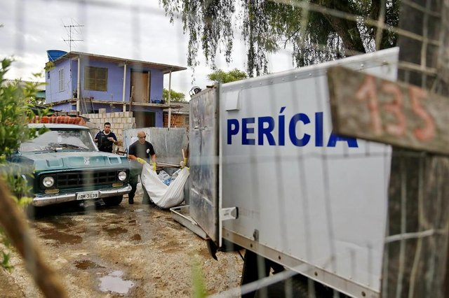 PORTO ALEGRE, RS, BRASIL, 02/10/2018 - Mâe e filha mortas a tiros na Ilha do Pavão(Foto: André Feltes / Especial)