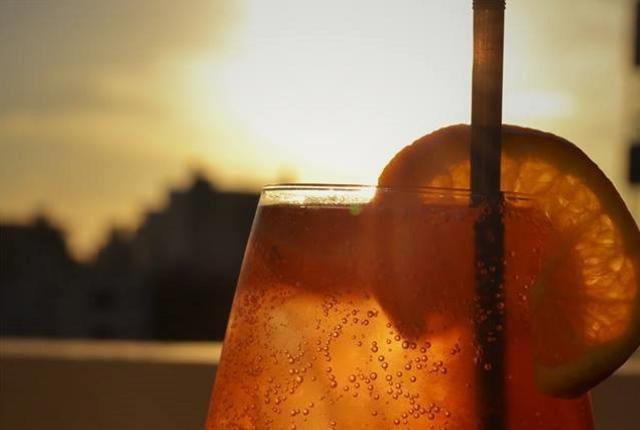 Bento Gonçalves tem um bom motivo para sair de casa neste domingo. O restaurante Cobo Wine Bar promove um sunset com a melhor vista do pôr do sol bentogonçalvense.