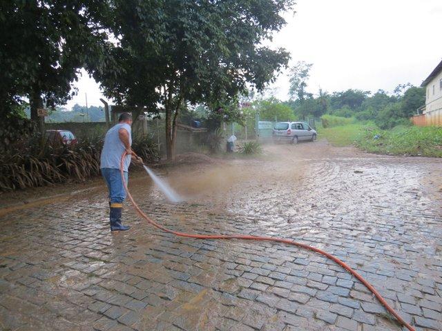 Manutenção de Brusque pós-chuva