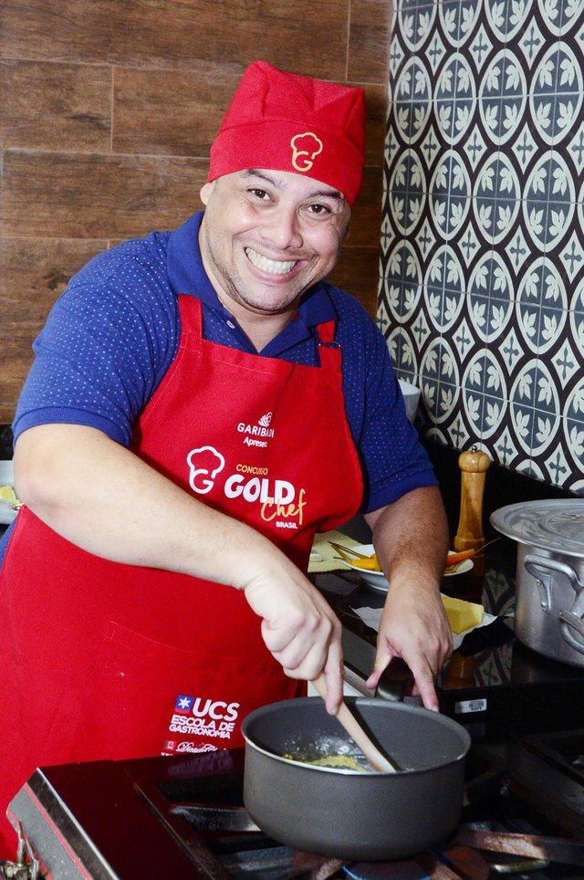 Rodrigo Ferreira da Silva Barros é o vencedor do Gold Chef Brasil 2017