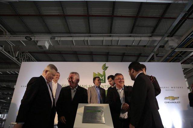 JOINVILLE, SC, BRASIL, 02.02.2018: Autoridades e funcionários prestigiam a inauguração da expansão da Fábrica da GM em Joinville. O investimento de foi  de aproximadamente 2.2 bilhões. (Foto: Diorgenes Pandini/Diário Catarinense)