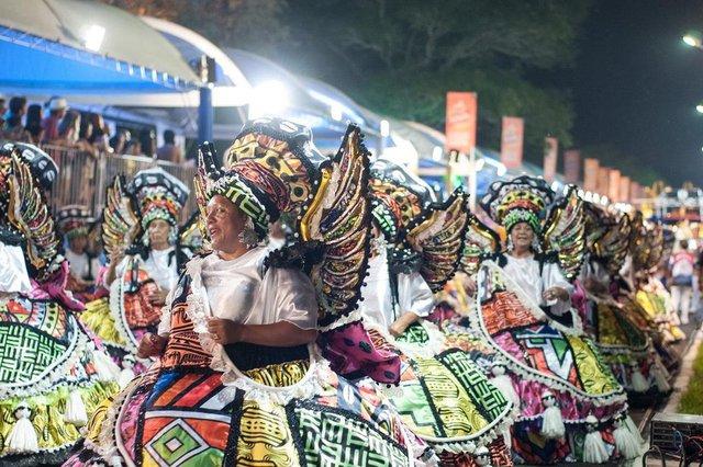 Carnaval de Guaíba realizado na noite de sábado, 10 de março. Na foto, escola Academia de Samba Cohab-Santa Rita