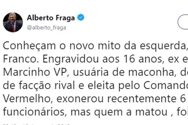 Postagem do deputado federal Alberto Fraga (DEM-DF) no Twitter em 16/03/2018 com fake news sobre a vereadora Marielle Franco (PSOL), assassinada no Rio de Janeiro em 14/03/2018
