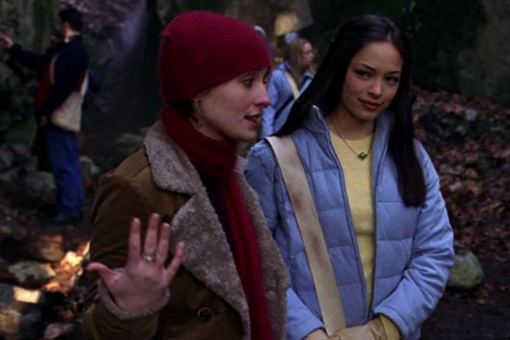 Kristin Kreuk, de Smallville, nega participar de culto de escravas sexuais