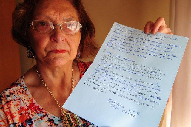 CAXIAS DO SUL, RS, BRASIl (06/04/2018). Viviane Grazziotin homenageou a menina Naiara com belos poemas. Caso Naiara. (Roni Rigon/Pioneiro).