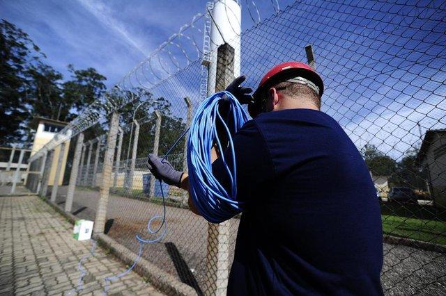 CANOAS,RS.BRASIL.2018-04-10- Preparativos para instalação de bloqueadores de sinal de celular, no presidio de Canoas.(RONALDO BERNARDI/AGENCIA RBS).