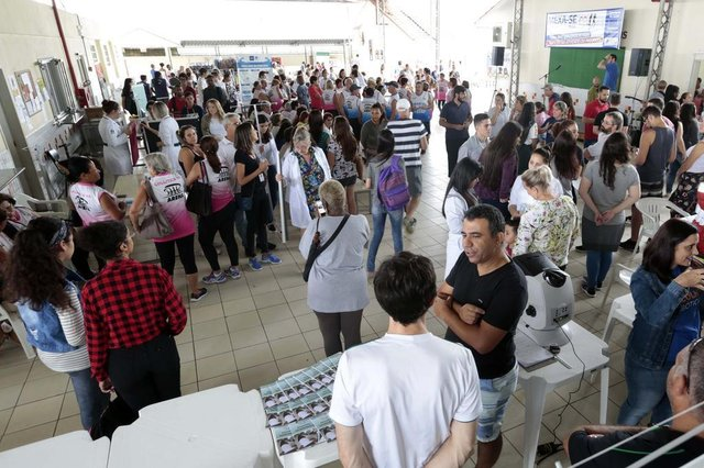 Moradores do Adhemar Garcia participam do programa Mexa-se Mais em Joinville