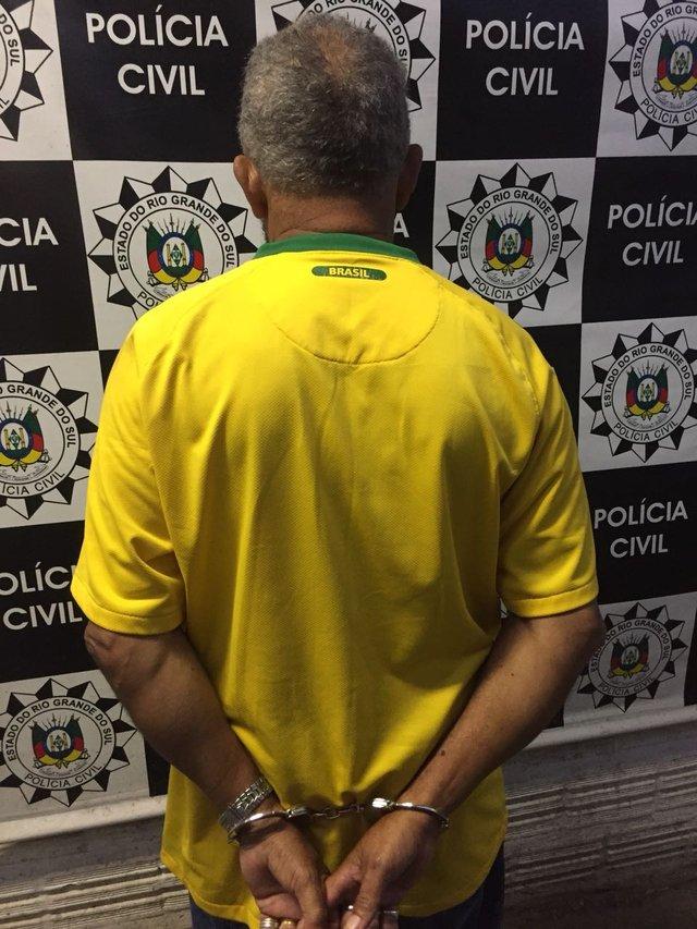 Polícia Civil prende em Viamão idoso condenado pelo estupro de uma criança