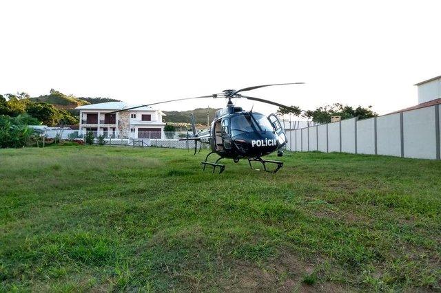 A operação Fim da Linha foi realizada na manhã desta quinta-feira para combater uma organização criminosa envolvida com o tráfico de drogas no Litoral Sul do Estado.