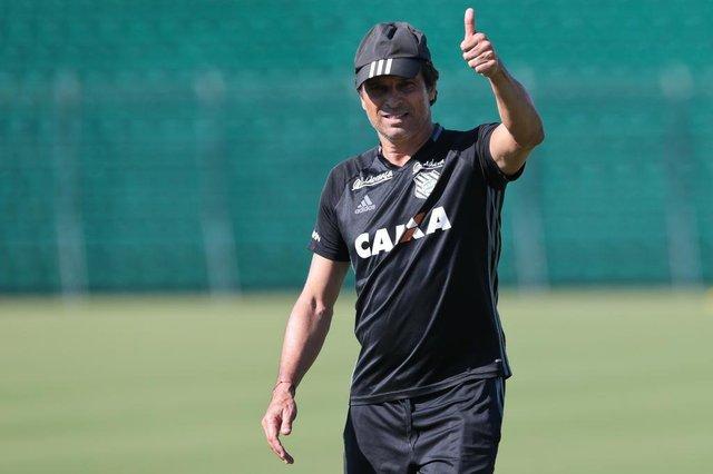 FLORIANÓPOLIS, SC, BRASIL, 26/04/2018: Treino Figueirense. Na foto: Milton Cruz  (Foto: CRISTIANO ESTRELA / DIÁRIO CATARINENSE)