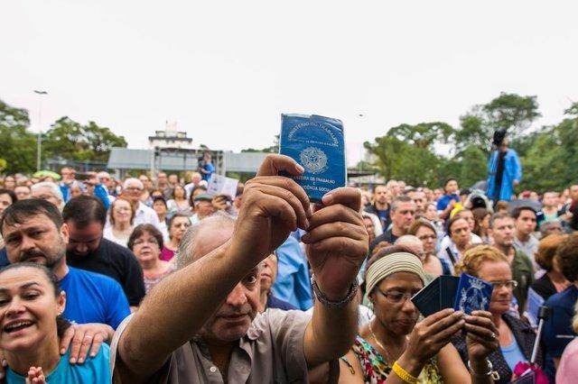 PORTO ALEGRE, RS, BRASIL, 01/05/2018.  64ª Festa de Nossa Senhora do Trabalho, na Vila Ipiranga, em Porto Alegre  (FOTO: ANDRÉA GRAIZ/AGÊNCIA RBS).Indexador: Andrea Graiz