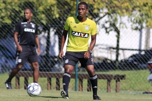 (Figueirense FC/Luiz Henrique)