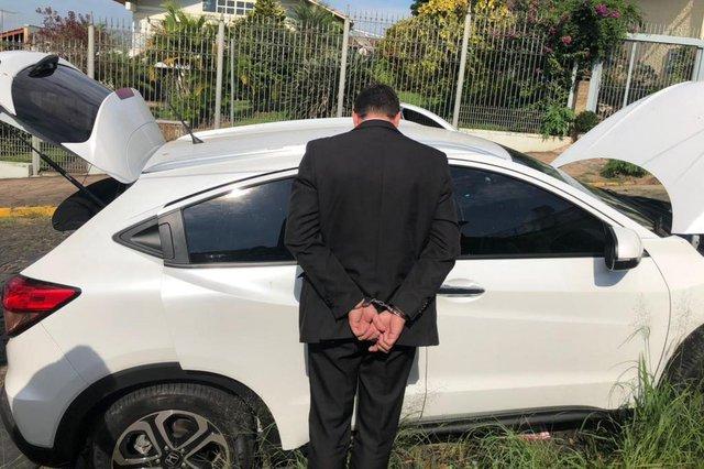 Empresário suspeito de participação em roubo de veículos é preso na Região Metropolitana