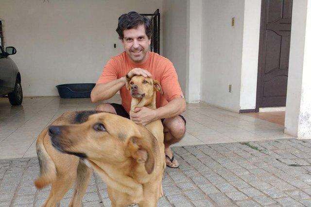 Fabiano Gastaldi arrisca a vida para salvar cadelinha durante incêndio em Joinville