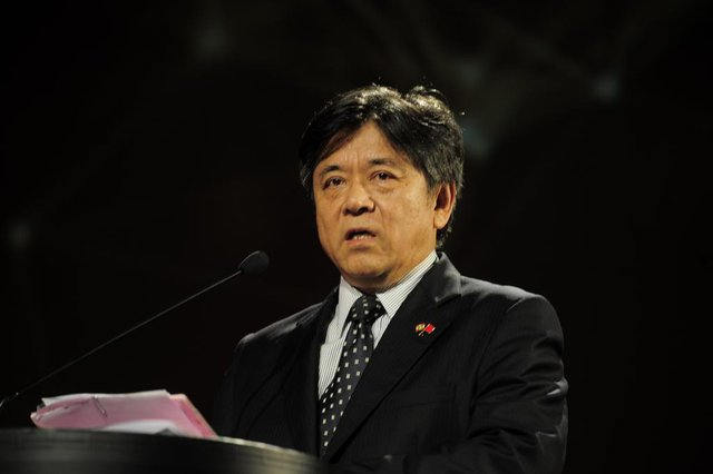 Embaixador Li Jinzhang: Embaixador da China no BrasilTema: Economia e NegóciosPalestra: Como a China vê o Brasil