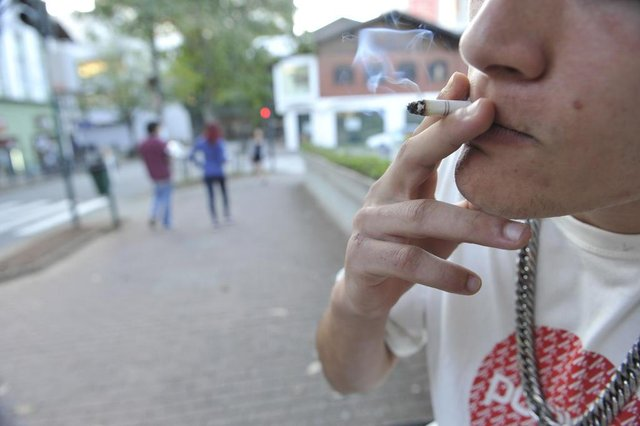 Blumenau - SC - Brasil - 30052018 - Campanha contra tabagismo.