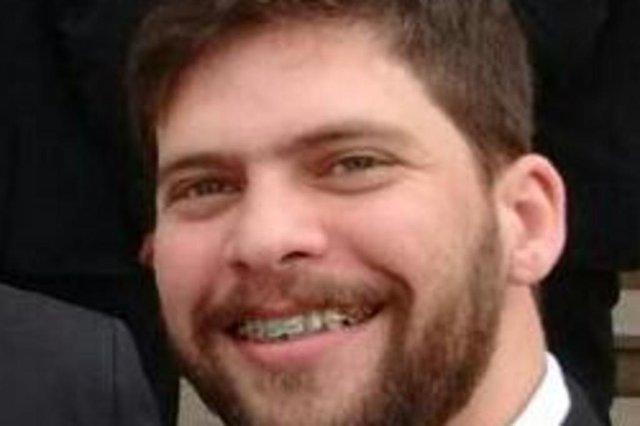 O Inspetor de Polícia Leandro de Oliveira Lopes, 30 anos, que trabalhava na Delegacia de Homicídios de Canoas, foi baleado, enquanto participava de uma Operação para cumprimento de mandado de prisão de um foragido ligado a uma facção criminosa gaúcha.