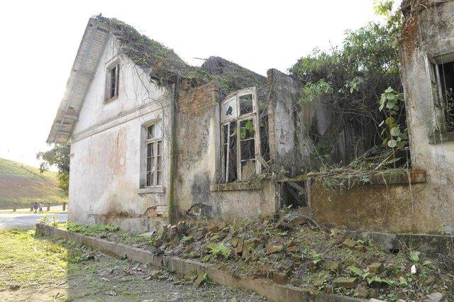 Blumenau - SC - Brasil - 25062018 - MPSC entra com ações para conservação de imóveis de importância historica e cultural em Blumenau. rua Dr. Pedro Zimmermann