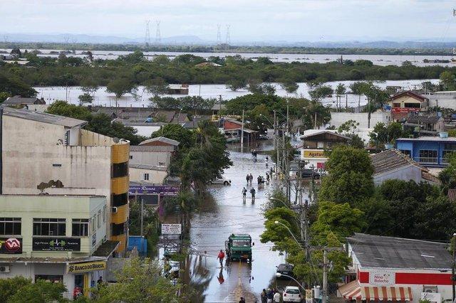 ELDORADO DO SUL, RS, BRASIL, 12-10-2015: Cheia do Delta do Jacuí alaga a cidade de Eldorado do Sul, onde mais de 50% da população foi atingida (FOTO FÉLIX ZUCCO/AGÊNCIA RBS, Editoria de Notícias).