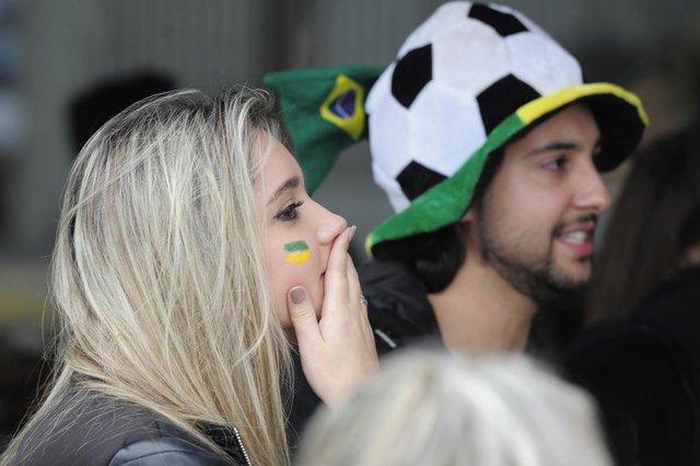 JOINVILLE,SC,BRASIL,06-07-2018.Copa do Mundo 2018,torcida no bar Barão,Karen Vanessa Reis e Max Polastri.(Foto:Salmo Duarte/A Notícia)Indexador: Maykon Lammerhirt