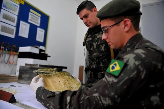 CAXIAS DO SUL, RS, BRASIL, 17/07/2018100 anos do exército e cápsula do tempo. (Lucas Amorelli/Agência RBS)