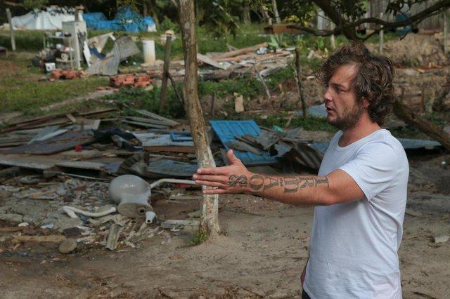 FLORIANÓPOLIS, SC, BRASIL, 01/08/2018: Prefeitura derruba casas em área de APP na praia da Solidão. nA FOTO: Tomás Teixeira (FOTO: CRISTIANO ESTRELA / DIÁRIO CATARINENSE)