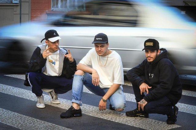 PORTO ALEGRE, RS, BRASIL, 02/08/2018: Estrelas da Periferia com o trio de rap Nosense Rap.Indexador: ISADORA NEUMANN