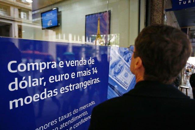 PORTO ALEGRE, RS, BRASIL, 06-06-2018: Fotos para matéria sobre a alta do Dólar na bolsa de valores (FOTO FÉLIX ZUCCO/AGÊNCIA RBS, Editoria de Notícias).