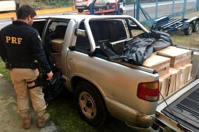 policia apreende carro com  camarão