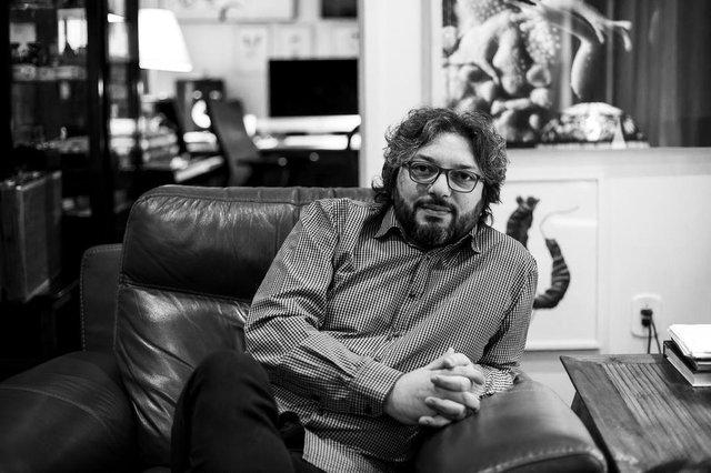 Vagner Cunha, compositor, arranjador e violinista