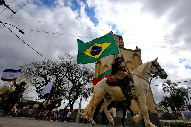PORTO ALEGRE - BRASIL - Desfile tradicionalista no extremo sul em Porto Alegre.