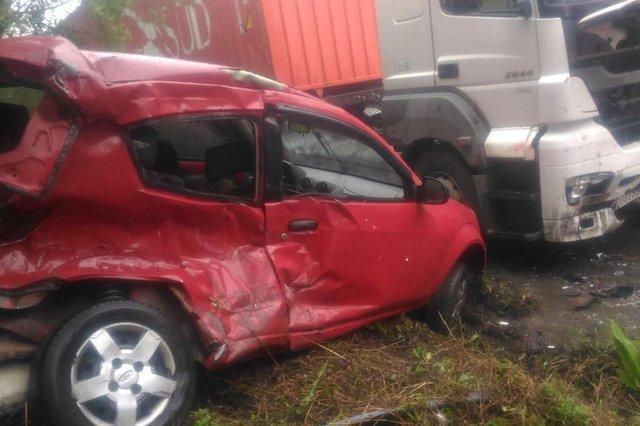 Duas mulheres morrem em acidente na Serra Dona Francisca