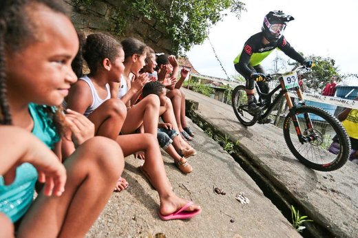Silvio César Félix Junior, de Palhoça, foi o vencedor do 1° Downhill no Morro do Mocotó. (Diário Catarinense/Cristiano Estrela)