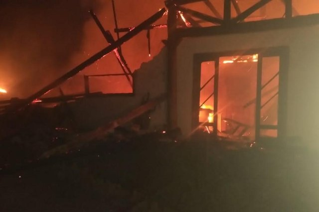 Homem é suspeito de atear fogo em casa em Araquari, no Norte Catarinense