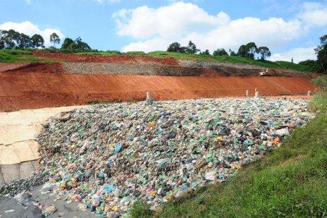 Lixo domiciliar de Joinville e Balneário Barra do Sul são encaminhados ao aterro para depósito e tratamento (A Notícia/Salmo Duarte)