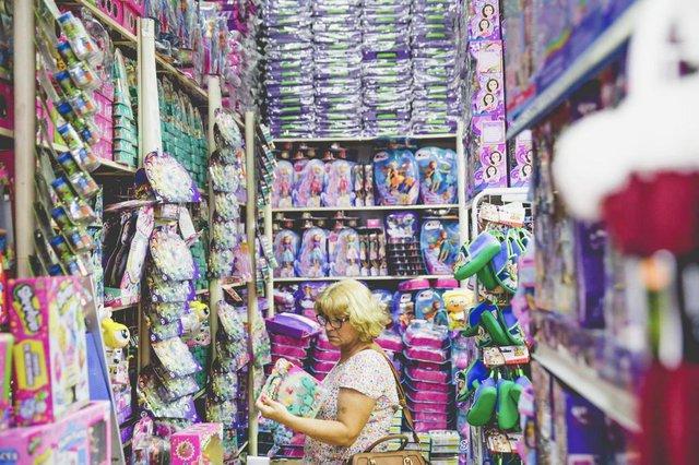 FLORIANÓPOLIS, SC, BRASIL, 14:14: Dia das Crianças e economia. Foto dA Inês Steckl, 30 anos. (Foto: Diorgenes Pandini/Diário Catarinense)Indexador: Diorgenes Pandini