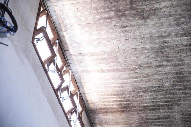 FLORIANOPOLIS, SC, BRASIL, 16.10.2017: A sede das Federações de Esportes de SC está com dificuldades em sua estrutura: mofo, infiltração, cupim e banheiro entupido são alguns dos problemas relatados. (Foto: Diorgenes Pandini/Diário Catarinense)