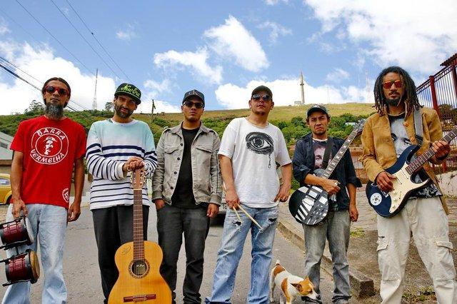 PORTO ALEGRE, RS, BRASIL 21/10/2018 - Grupo de reggae e rap Oriundos do Gueto, que tem integrantes do Morro da Polícia e Morro da Cruz. (FOTO: ROBINSON ESTRÁSULAS/AGÊNCIA RBS)