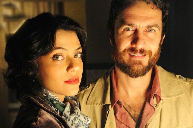 amor eterno amor,  Miriam ( Letícia Persiles ) e Rodrigo ( Gabriel Braga Nunes )
