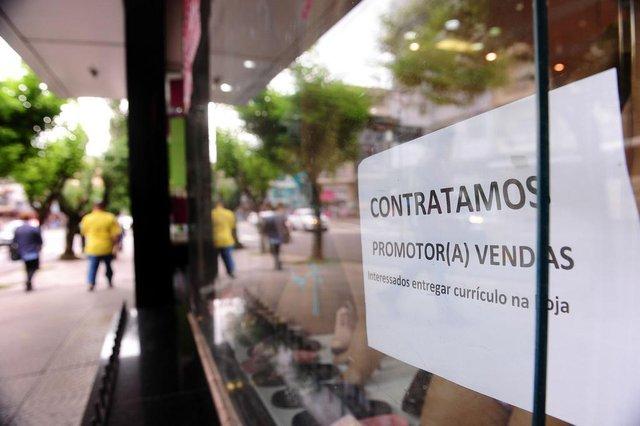 CAXIAS DO SUL, RS, BRASIL, 14/11/2018 - Comércio contrata funcionários para fim de ano. (Marcelo Casagrande/Agência RBS)