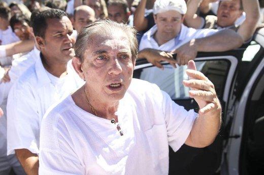 João de Deus visitou na manhã desta quarta-feira a Casa Dom Inácio de Loyola, em Abadiânia (Agência Brasil/Marcelo Camargo)