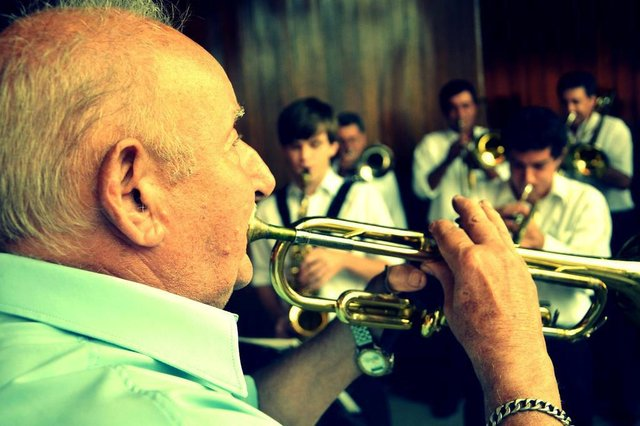 Documentário irá contar a história do músico bento-gonçalvense Alves Rossatto