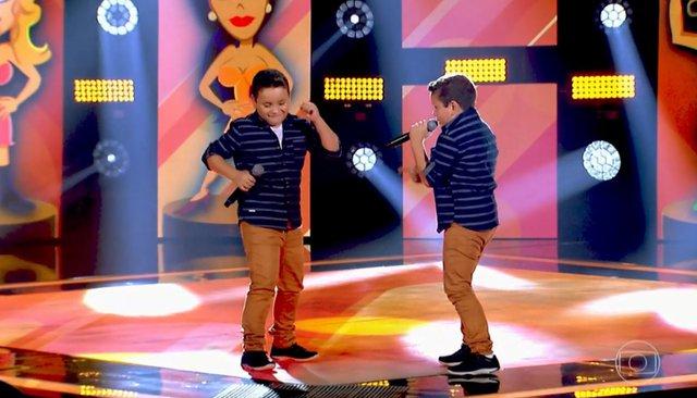 Lucas e Vinicius no The Voice Kids